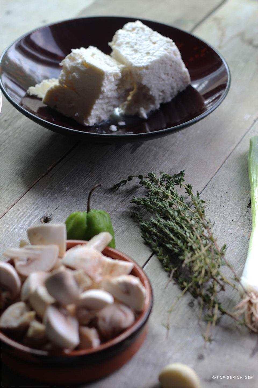 Spaghetti au fèves noirs, champignons sauttés et fromage feta 1