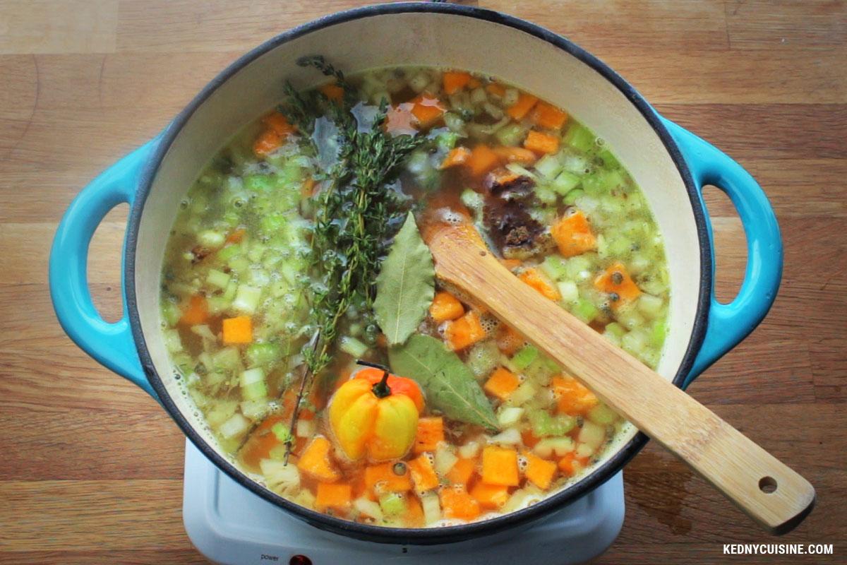 Soupe aux lentiles avec épinards et courge 3