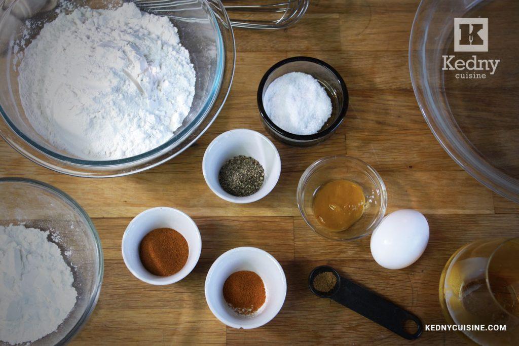 Ingrédients - Sandwich au poulet extra croustillant inspiré de Popeyes et Chick-fil-A - Kedny Cuisine